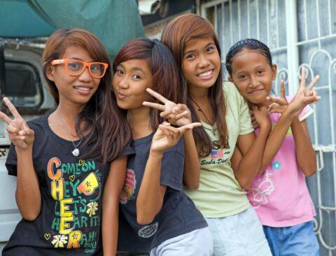 6037192_filipino-girls-min